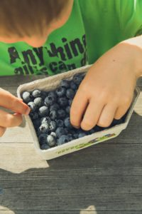 Cover photo for Spring Ahead! Six Tips for Healthier Eating